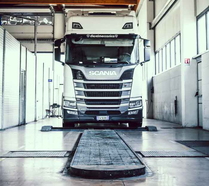 servizio-carrozzeria-scania-mercedes-truck